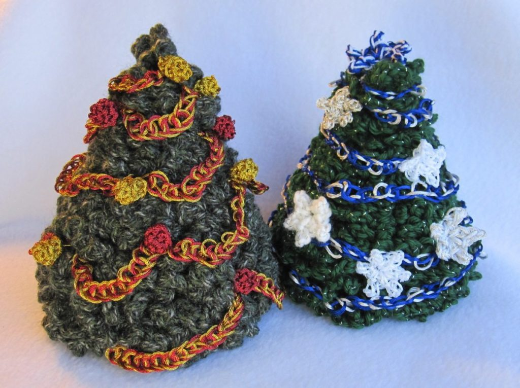 Decorate Christmas Tree Without Ornaments miniature decorated christmas trees - revedreams