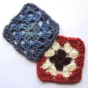 Lots of resources at revedreams.com/granny-squares/