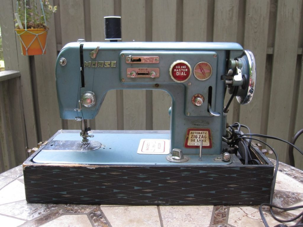 Morse sewing machine before cleaning